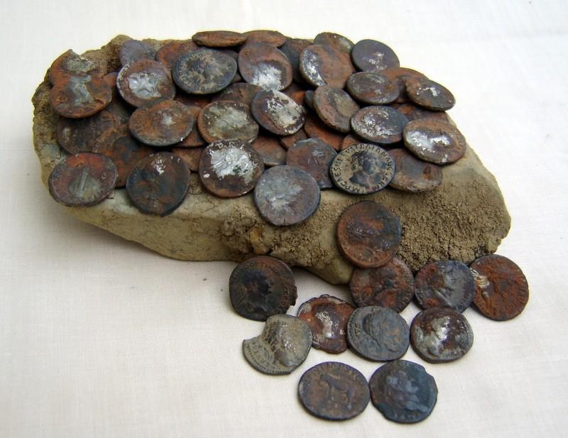 John Denarius coin hoard-1
